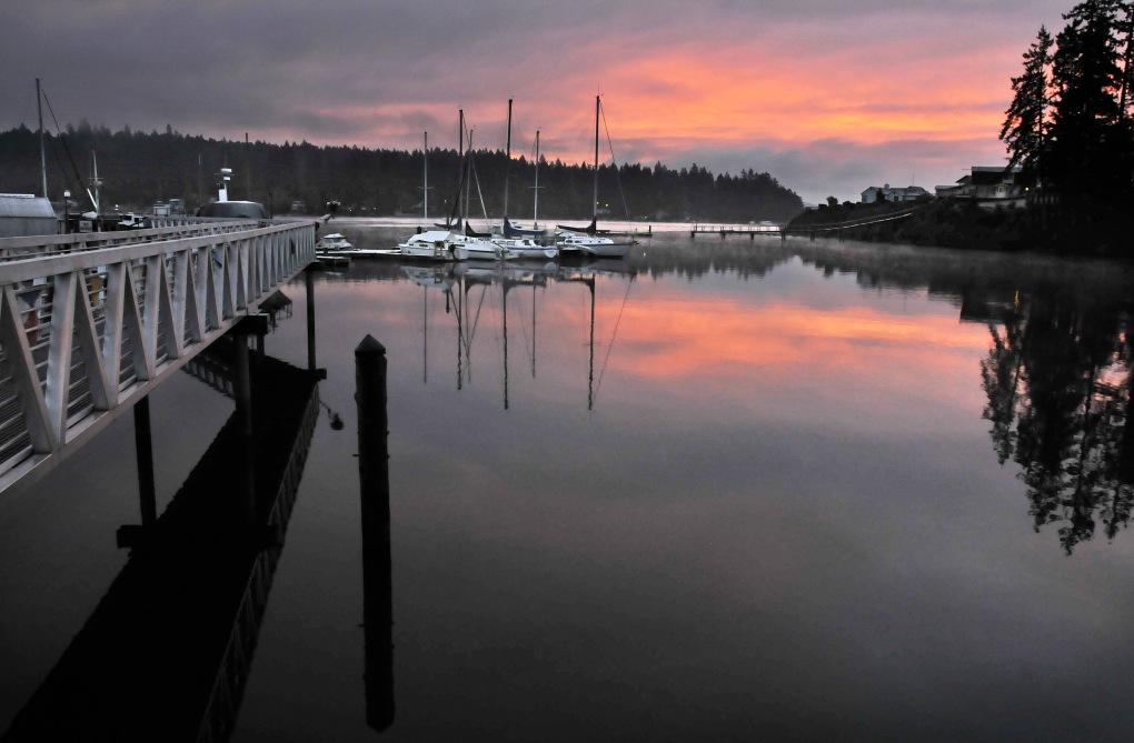 A frigid morning at the Longbranch Marina.
