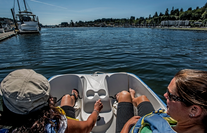 Paddling out into Gig Harbor Bay with the Peninsula Yacht Basin on the left.